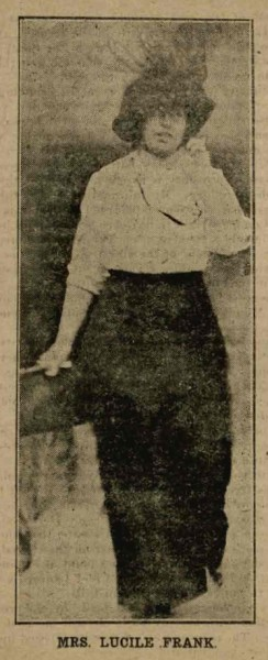 Lucille on her way to her husband's trial in the summer of 1913; from 'The Frank Case', Atlanta Publishing Company, 1913, p 59.